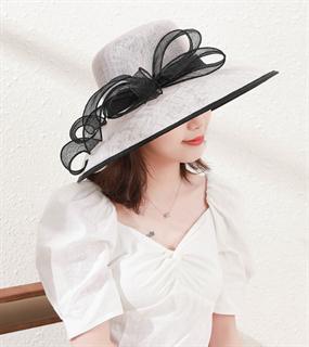 4168. Белая летняя шляпа с полями Алира
