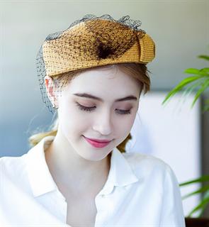 4173. Маленькая шляпка из соломки Дебора. Бежевая