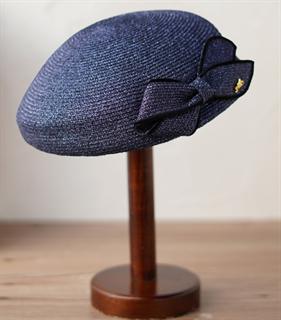 4176. Маленькая шляпка из соломки Натали. Темно-синяя