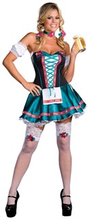 Баварская девушка с синей юбкой и без лямок