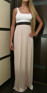 Платье  бежевое с белым лифом. 203
