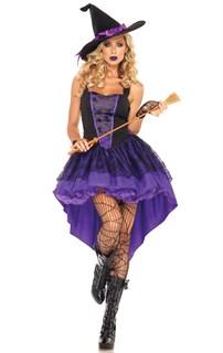 Фиолетовая ведьма со шлейфом