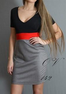 Трикотажное платье в спортивном стиле. 142