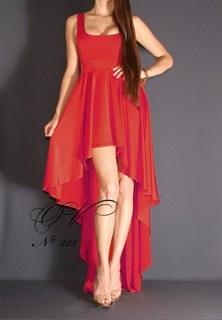 Красное платье короткое спереди и длинное сзади. 225