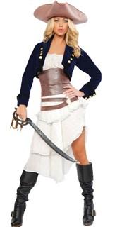 Белое платье пиратки с синим пиджаком и коричневым поясом