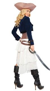 Белое платье пиратки с синим пиджаком и коричневым поясом - фото 5947