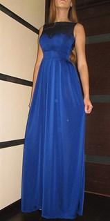 Синее платье в пол без рукавов с кружевом на груди. 259