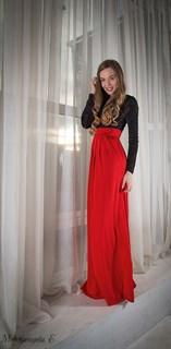 Красное платье в пол с черным бархатным верхом - фото 6450