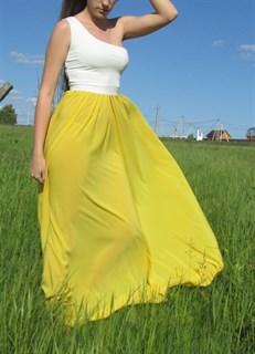 Ярко-желтое платье на одно плечо - фото 6521