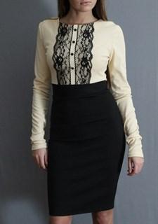 Офисное платье с черной юбкой, декорированное пуговицами и кружевом