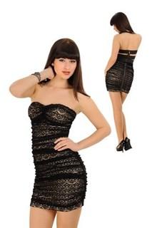 Черное кружевное платье без лямок