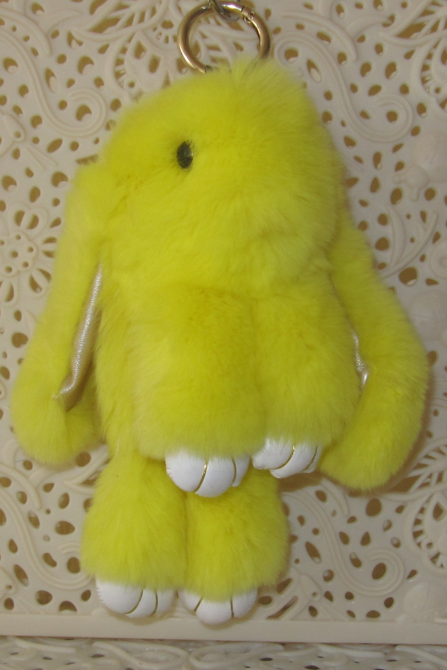 Как сделать кролика брелок из меха фото 385